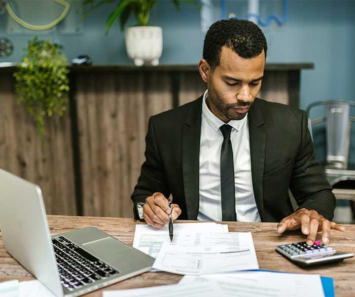 Qu'est-ce qu'un examen de conformité fiscale ?